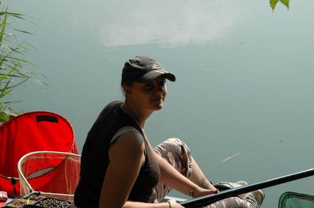 Fishing Photo Album & Gallery - les femmes à la pêche