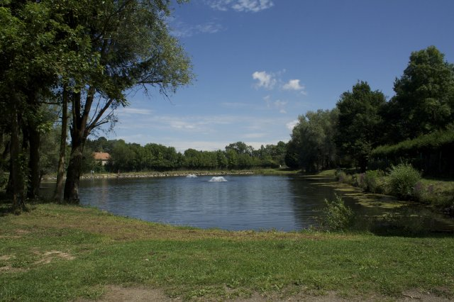 Great Fishing Spots, Locations, Places and Holiday Accommodation in France, LORRAINE, MANOM - Freshwater Fishing
