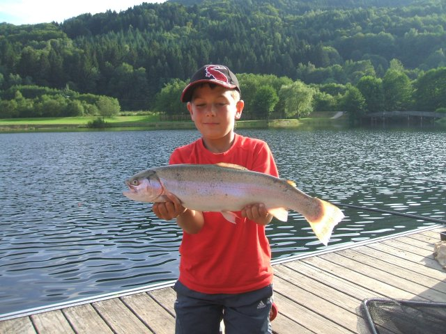 Great Fishing Spots, Locations, Places and Holiday Accommodation in France, vosge la moselotte, lac de la moselotte - Freshwater Fishing