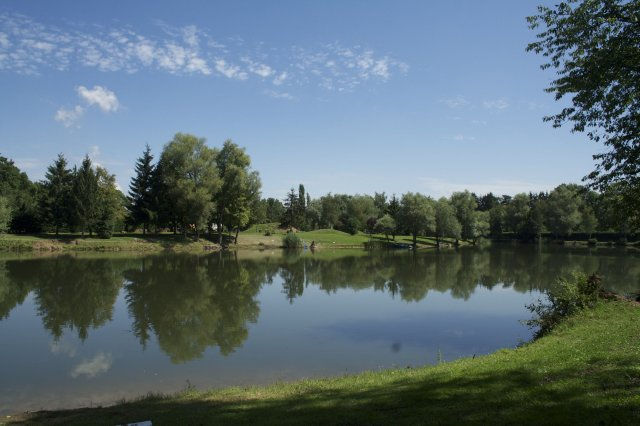 Fishing spots in france fishing places angling and for Fishing areas near me